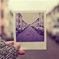 我来到,你的城市,走过你来时的路;想象着,没我的日子,你是怎样的孤独......