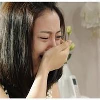 女生流泪伤感的图片