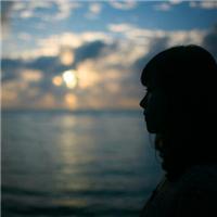 孤独一个人伤感照片