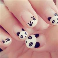 可爱的小熊猫系列唯美美甲图片