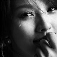 流泪图片大全唯美伤感:伤心流泪的图片