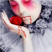 黑玫瑰图片唯美带血:拿玫瑰带血的图片唯美
