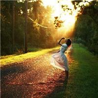 愿你也能在孤独的时光里, 活的精彩活的漂亮!