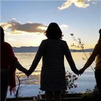 姐妹牵手图片唯美背影 姐妹图片唯美背影图片