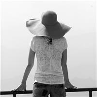 一个人孤独背影图片女