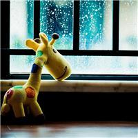 下雨的唯美意境图片