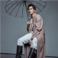 有意境的人物图片 意境雨天人物图片 男