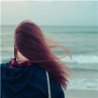 女人落寞背影唯美图片