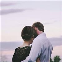 爱是陪伴的图片