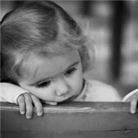 伤感图片_虽然岁月磨平了我们的棱角,但内心住着的那个小孩还是不想长大。 