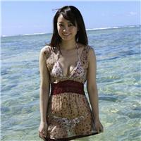 女生有气质很成熟海边假日旅拍照片