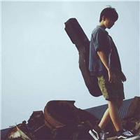 一个人孤单流浪图片