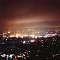 即使景色那么美,一个人的夜晚同样孤独.