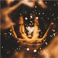 生命注定要经历一次次磨难,才能塑造出与众不同.