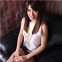 风韵犹存的日本熟女肥臀美女少妇大胆撩起超短裙