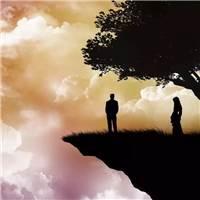 对他有千万个舍不得 爱你的人 害怕你沉默,担心你失落