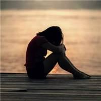 一个人孤独的图片,孤独悲伤的#哭泣#湖水#黄昏
