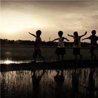 我们再也回不去了!我们不可能再有童年#乡村#小孩#黄昏