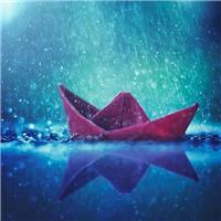 小纸船图片唯美图片集,不怕风吹雨打.#下雨#唯美