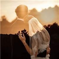 你是否依然坚持 爱情于我,不是一蔬一饭 而是平凡生活里的英雄梦?#情侣#伤感
