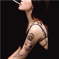 颓废的气势#女生#女人#抽烟