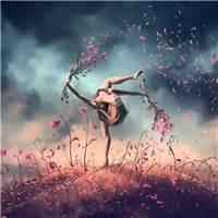 爱情的降临,总是不知不觉的,在那一瞬间,心里便住了一个人#花草#小清新