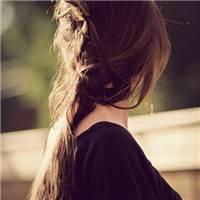 女孩子在外闯荡,受了再大的委屈,也不要放弃,不要流泪,要记在心里#女生#女人#侧脸